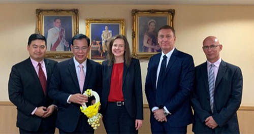 Dorthe Mikkelsen with business leaders in Thailand